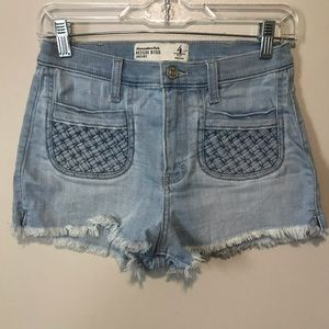 Abercrombie & Fitch High Rise Short 4